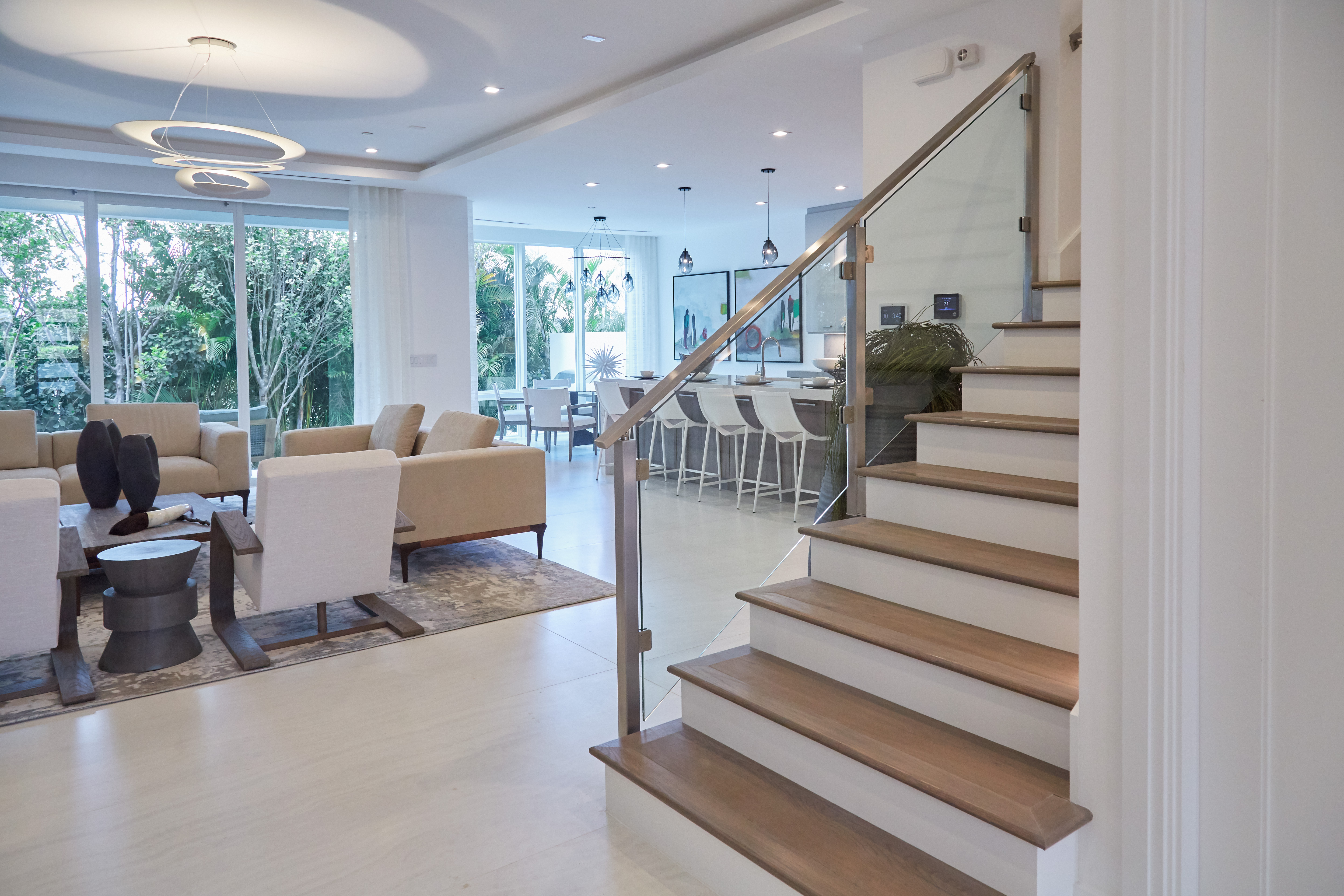 Contemporary Home Glass Staircase