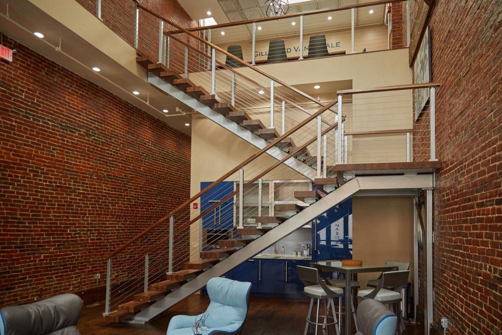 Switchback Stair Stringer - Viewrail