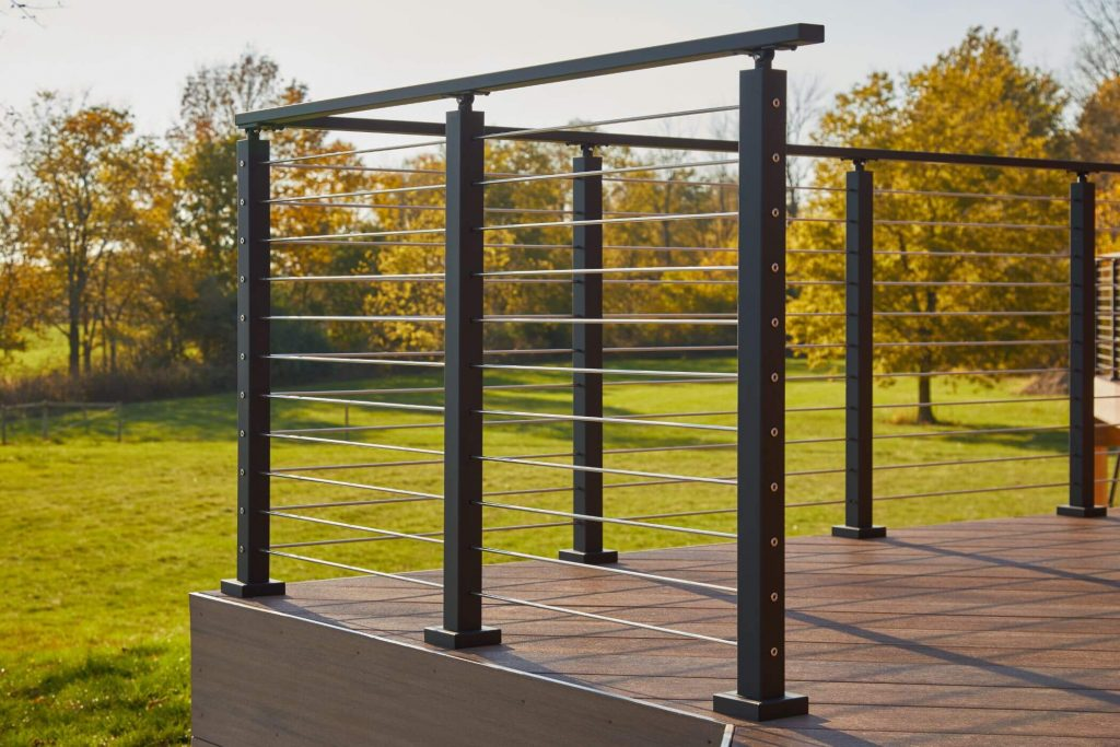 Rod railing with aluminum posts
